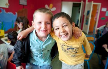 Deux enfants témoignent de la solidarité