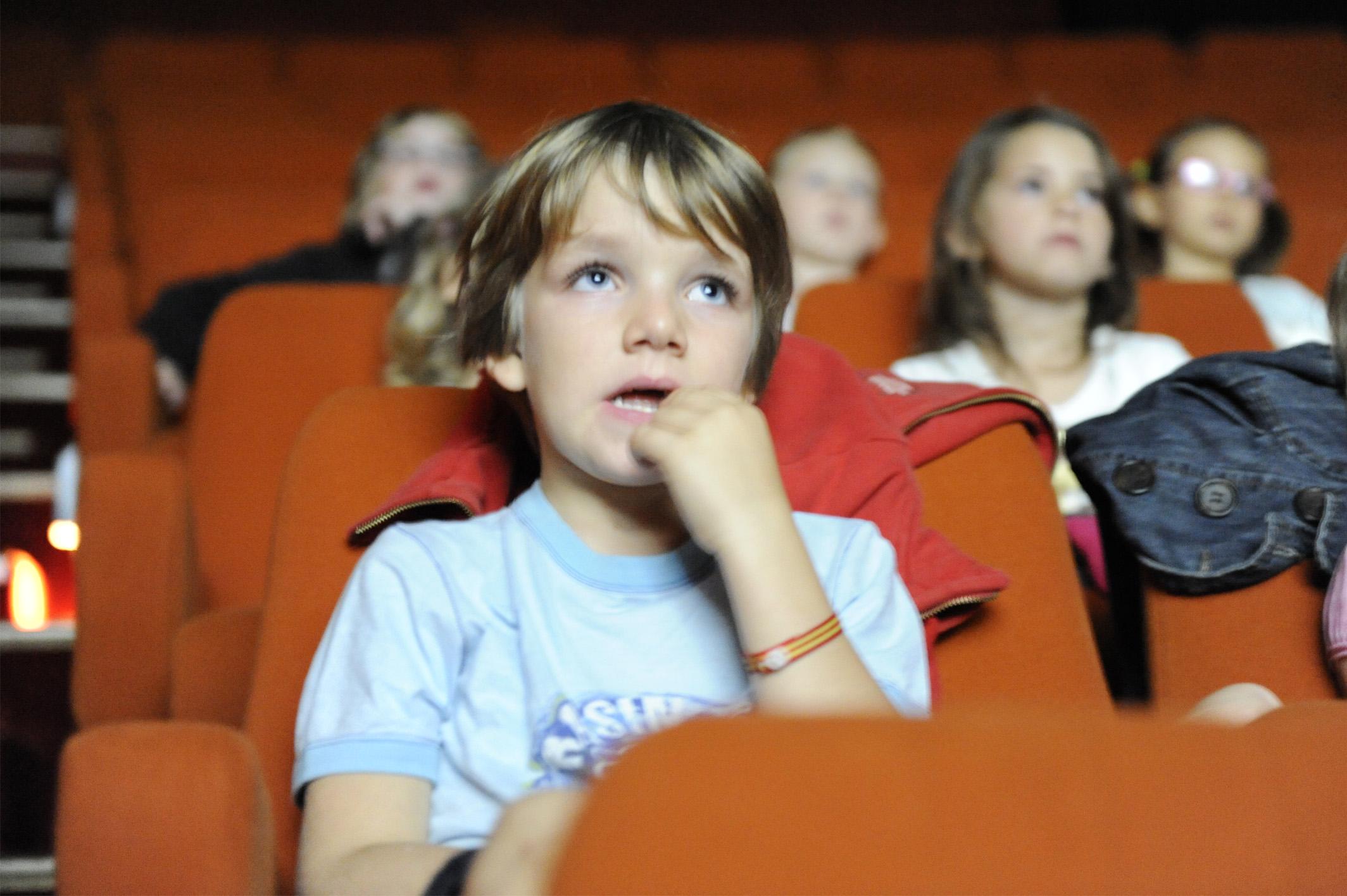 enfant au cinéma
